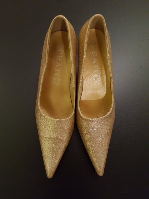 Pointed Toe Pumps gold-colored