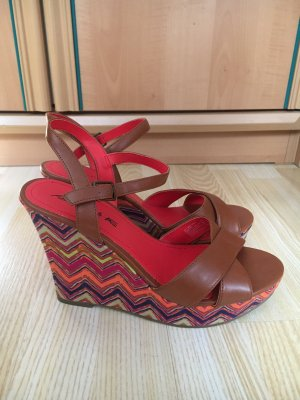 American Eagle Outfitters Wedge Pumps brown