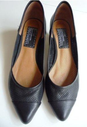 Bertie Stiletto noir cuir