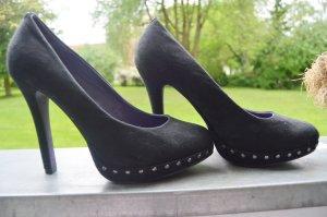 Pumps mit nieten gr.41 samtig high heels gothic