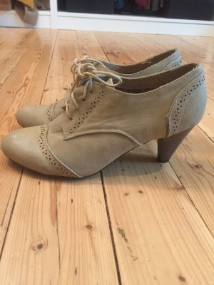Lace-up Booties cream