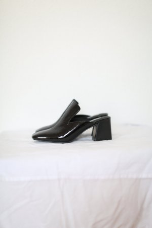 Pumps & Other Stories Gr. 37 echtes Leder Lack schwarz Vintage Look