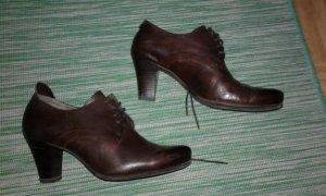 Tamaris Lace-up Pumps brown