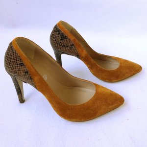 5th Avenue Pointed Toe Pumps cognac-coloured-brown