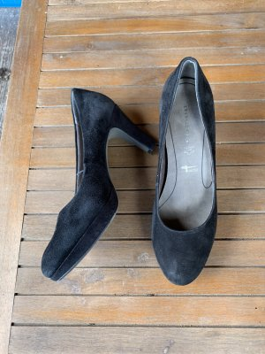 Tamaris Pumps met hoge zool zwart