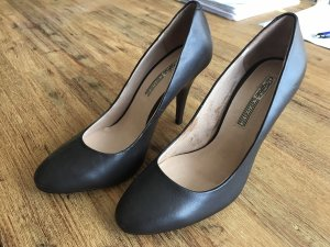 Pumps von Buffalo London