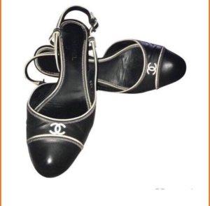 Chanel Tacones sin talón negro