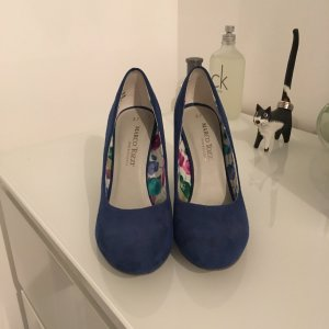 Pumps von Marco Tozzi in Royalblau