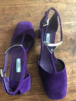 Pumps von Prada in violet