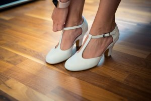 BPC Selection Premium Backless Pumps white leather