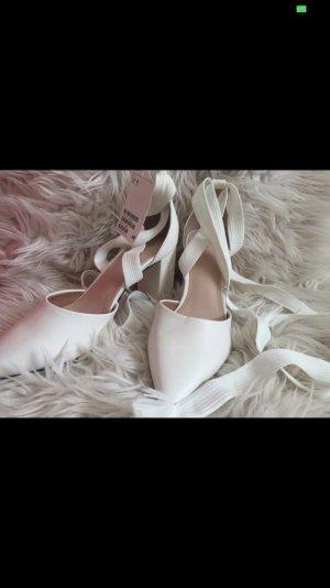 H&M Lace-up Pumps white