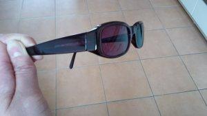 Purpurfarbene Sonnenbrille
