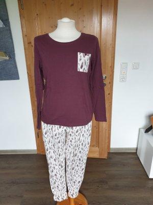 Pijama beige claro-púrpura