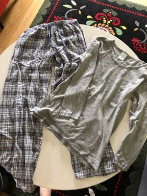 Pyjama von Aldi