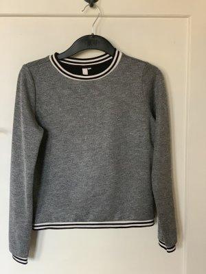 Q/S Sweatshirt