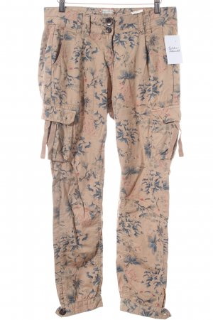 QS by s.Oliver Baggy Pants florales Muster Street-Fashion-Look