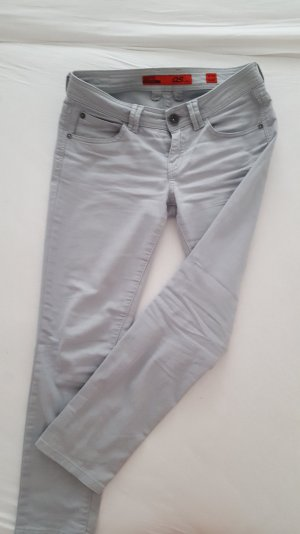 QS by s.Oliver Jeans in grau