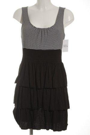 QS by s.Oliver Jerseykleid schwarz-weiß Streifenmuster Casual-Look