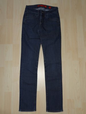 qs by s oliver jeans g nstig kaufen second hand. Black Bedroom Furniture Sets. Home Design Ideas
