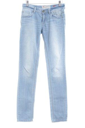 QS by s.Oliver Slim Jeans himmelblau Metall-Optik