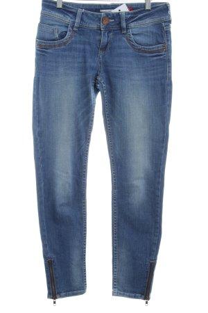 QS by s.Oliver Slim Jeans stahlblau Washed-Optik