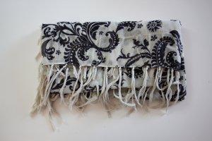 Quadratisches Tuch