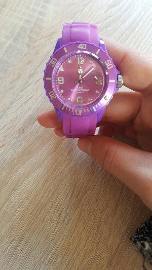 Horloge violet
