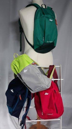 Quechua, 4 Stück,kleine leichte Rucksäcke,verschiedene Farben,Inhalt ca.10 ltr