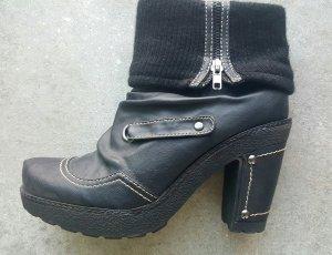 Queens Stiefeletten , Ankle -Boots , schwarz