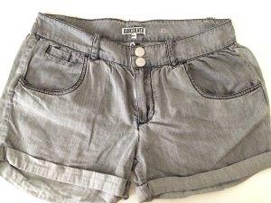 Quiksilver  Shorts ....