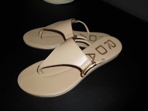 Toe-Post sandals beige leather