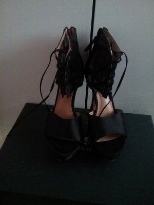 Rachel Zoe  Beautiful shoes used few times