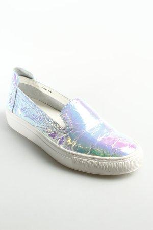 Rachel Zoe Zapatos sin cordones blanco estampado arco iris look casual