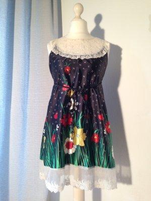 Räumungsverkauf noch 4 Tage !!! süßes Vintagekleid mit zarter Spitze von Danity