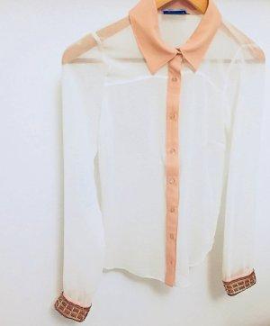 - Raffinierte Bluse mit verzierten Ärmeln -
