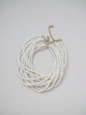 raffinierte Perlencollier leuchtend