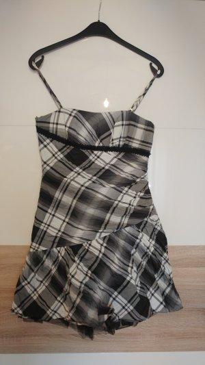 Vera Mont Petticoat Dress white-black