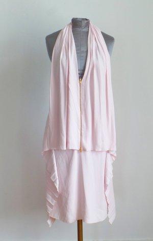 Raffiniertes Kleid mit freiem Rücken in hellem Rosa