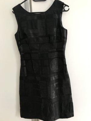 Raffiniertes kleine Schwarze mit Rückenausschnitt H&M