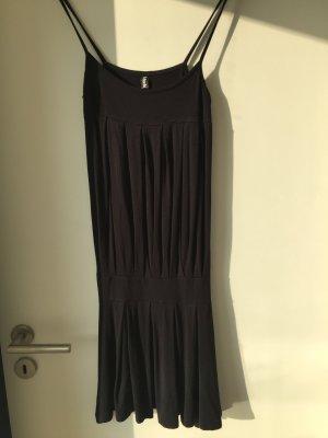 Raffiniertes lockeres Sommerkleid schwarzer Jersey S