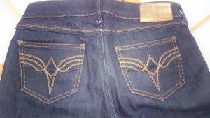 RAIDEN Bootcut Jeans mit schöner Taschenstickerei 27/32