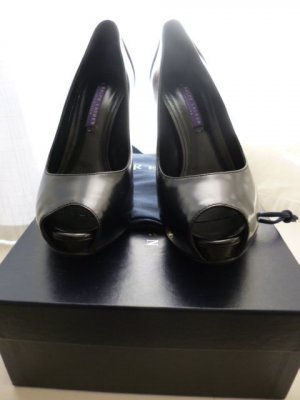 Ralph Lauren Collection, Pumps, schwarz/cream, US 8B, neu, € 690,-