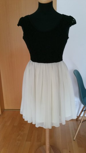 Rare London Kleid mit Tüllrock