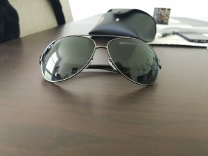 Ray Ban Oval Sunglasses black