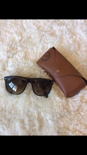 Ray Ban Sonnenbrille Modell RB4147 710/51