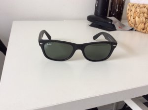 Ray Ban Sonnenbrille schmal