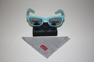 Ray-Ban Wayfarer Sonnenbrille in hellblau mit verpiegelten Gläsern