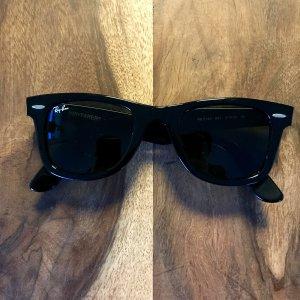 Ray Ban Wayfarer Sonnenbrille schwarz