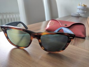 RayBan Wayfarer-Sonnenbrille