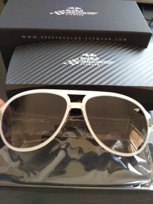 Red Bull Collection Oval Sunglasses white-black glas